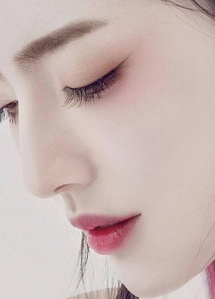 Orientals often have fuller upper lips